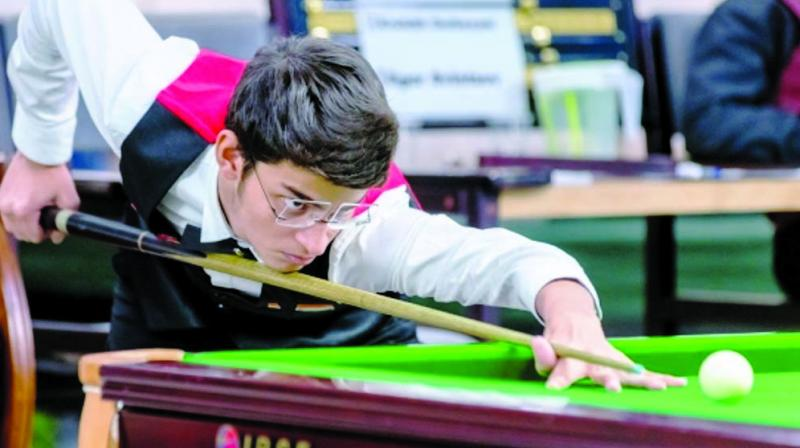 The Maharastra junior No 1 billiards & snooker player Rayaan was engaged in a grim battle for supremacy and closely lost the opening two frames.