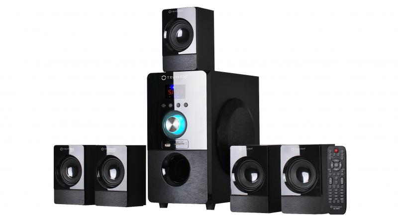 The Truvison BT5075 features Dolby Digital and DTS encoding technology that offers detailed surround sound effect.