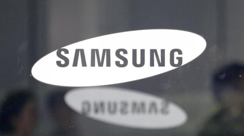 Samsung is also planning to develop 16GB LPDDR5 DRAM chips a year from now for flagships that will feature towards the end of 2020 (Photo: AP)