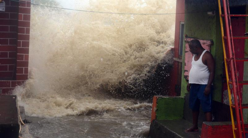 High Tide in Bandra. (Age Photo: Rajesh Jadhav)