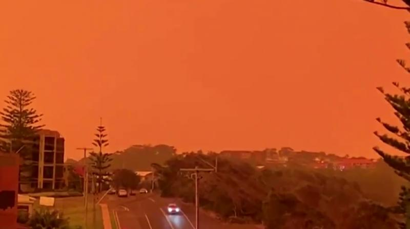 According to Fox News, NPR reported that a 1.5-million-acre mega-fire kicked off by the merging of two bushfires in southeast Australia. (Photo: Screenshot)