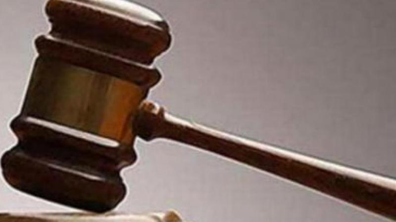 The apex court ordered an interim stay for two weeks while hearing a petition moved by a Thane activist after the Bombay high court last week lifted its earlier stay on tree-cutting.