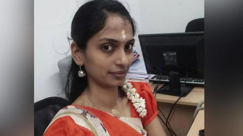 The left leg of a 30-year-old woman, who was injured after a truck hit her scooter while she was trying to avoid a falling flagpole of the AIADMK in Coimbatore, was amputated from the knee on Friday. (Photo: File)
