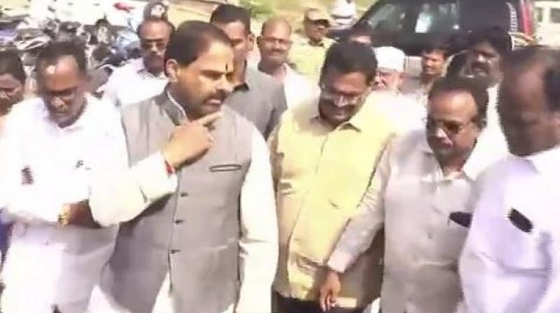Andhra Pradesh Speaker Tammineni Sitaram on Thursday berated officials for not inviting him for Jyotiba Phule's 129th death anniversary ceremonial program at Srikakulam town. (Photo: ANI)