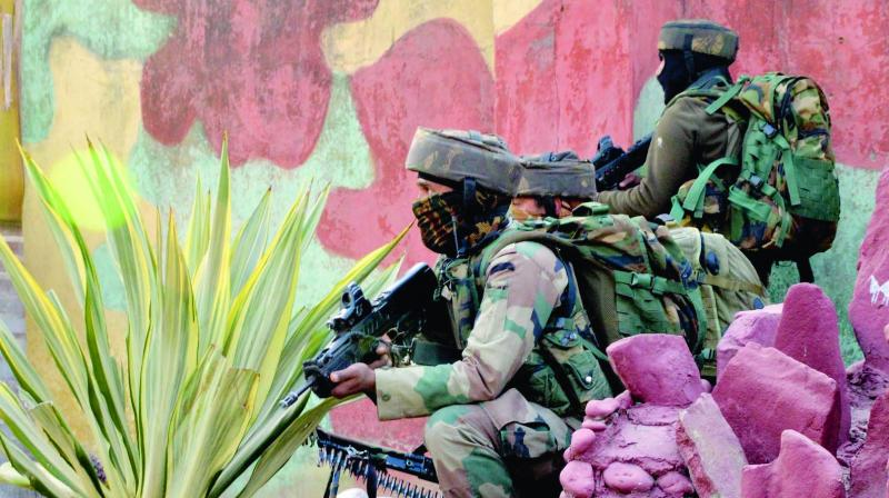 The defence ministry will also procure light machine guns worth Rs 1,819 crore. (Representational Image | PTI)