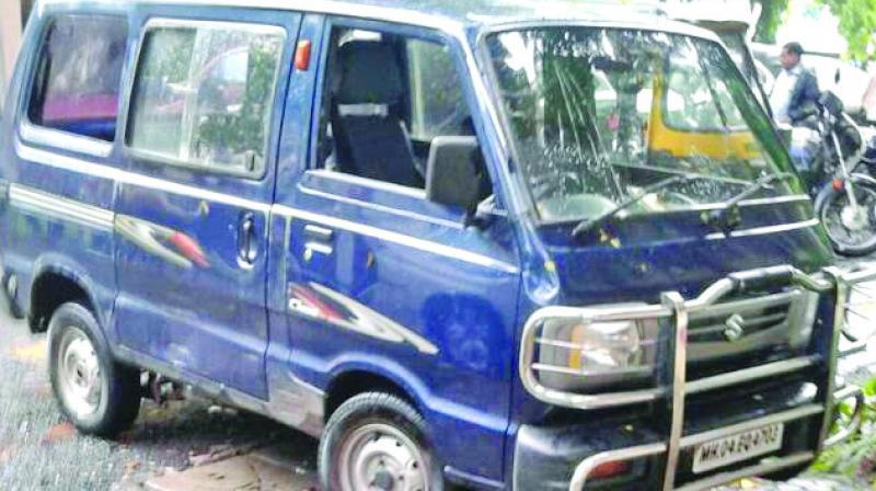The collision took place at 6.45am near the east-west bridge in Kandivali.