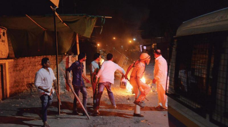 A communal riot escalated due to clamping illegal water connection in a religious place in Moti Karanja area of Aurangabad on Friday. (Photo: PTI )
