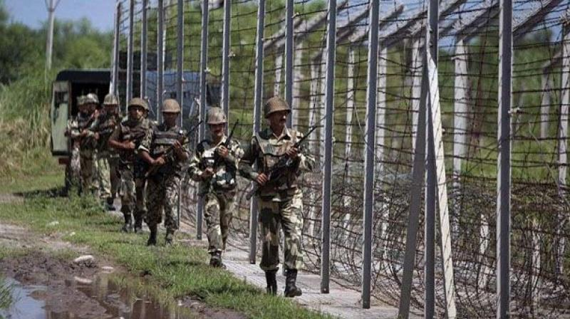 The borders had witnessed a flare up after the Indian Army carried out surgical strikes against the militant launchpads across the LoC on September 29. (Photo: PTI)