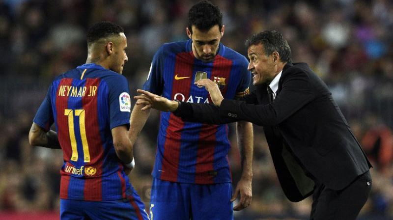 Neymar is expected to serve the second of a three-game ban for his red card and subsequent sarcastic applause of the officials in Barca's 2-0 defeat to Malaga a fortnight ago. (Photo: AFP)