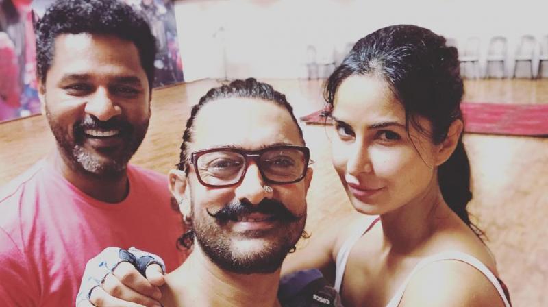 Prabhudheva, Aamir Khan and Katrina Kaif rehearsing for 'Thugs Of Hindostan' in YRF studios.