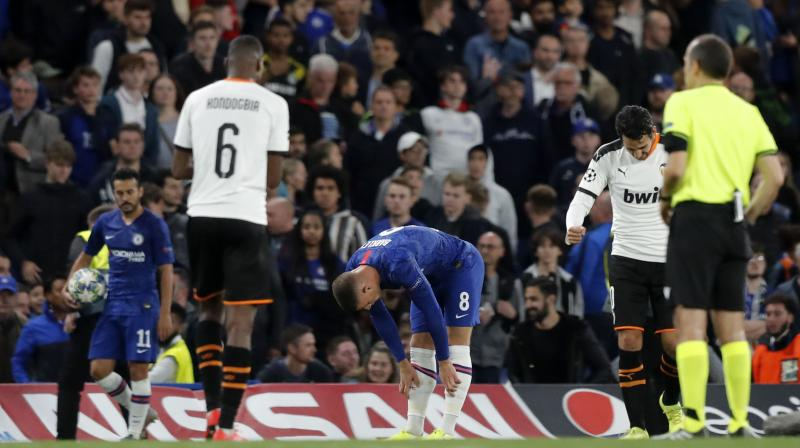 Valencia spoiled Frank Lampard's managerial debut in the Champions League by earning a morale-boosting 1-0 win at Chelsea on Tuesday after Ross Barkley spurned a chance to equalise by missing from the penalty spot. (Photo:AP)