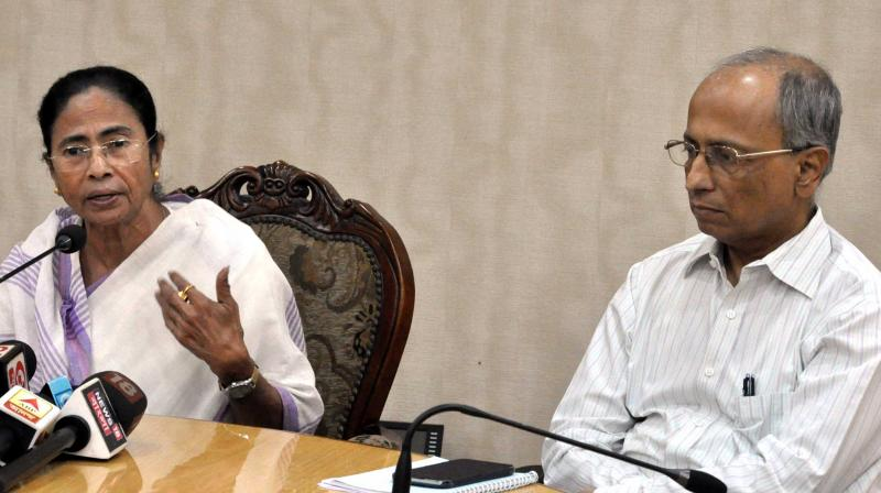 Chief minister Mamata Banerjee along with chief secretary Malay De at a press meet at Nabanna on the flyover incident and her forthcoming foreign tour in Kolkata. (Photo: Asian Age)
