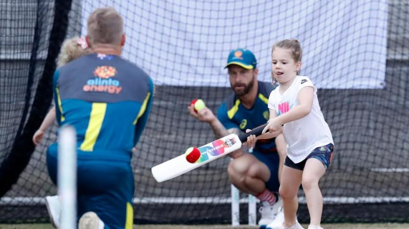 Ahead of the Boxing Day Test against New Zealand, Australian players played cricket with their kids in the nets on Wednesday. (Photo:Twitter)