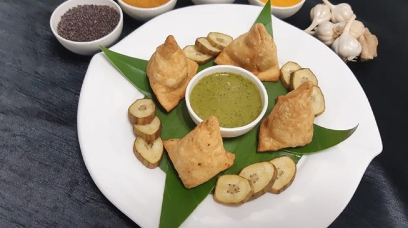 From Vegetable Frankfurters to Raw Banana Samosa, chef Narayan Salunke shares healthy and tasty monsoon recipes.
