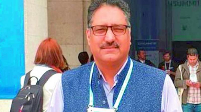 Veteran journalist and Rising Kashmir editor Shujaat Bukhari was shot dead by terrorists in Srinagar.