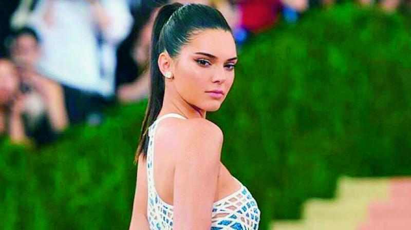 In one of the episodes of Keeping Up With The Kar-dashians, model Kendall Jenner discussed her  struggles with sleep.