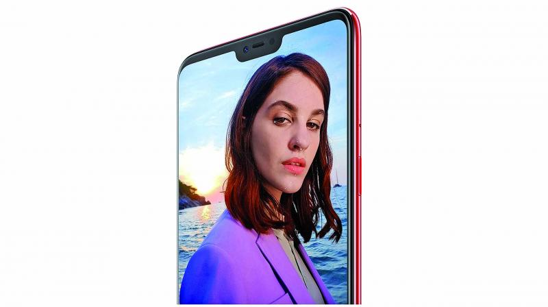 Oppo F7 introduces multiple artificial intelligence technologies to  beef up selfies in various ways.