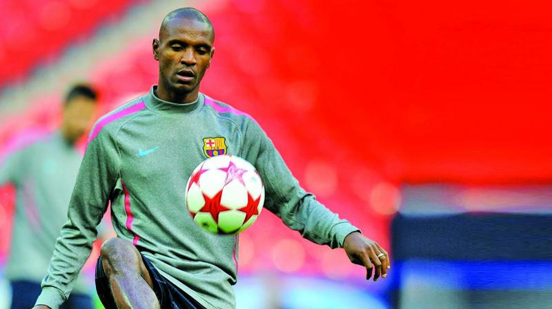Former stalwarts like Abidal, who triumphed over cancer, are set to conduct training clinics for kids and promote social causes in Mumbai before taking to the field on April 27.