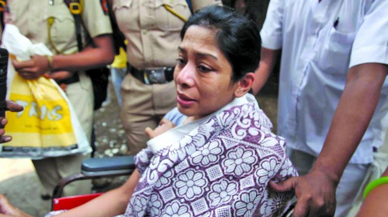 Indrani Mukhrejea escorted from JJ hospital on Wednesday.(Photo: Debashish Dey)
