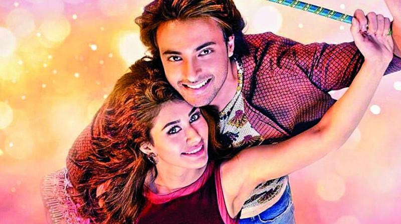 Loveratri is a love story that occurs during garba festivities.