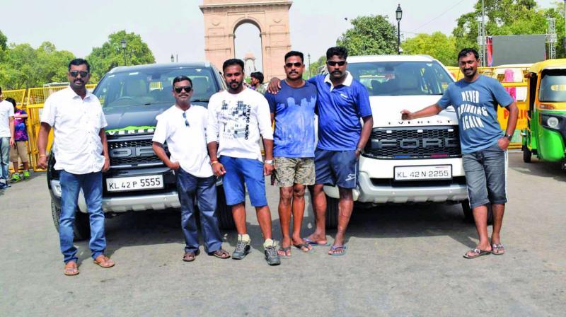 Manoj P, Gopalakrishnan, Lijin Lal, Manoj Messan, Swothish and Satheesh during their trip.