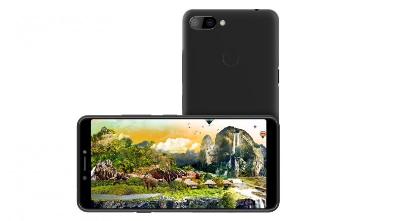 The device runs on Android 8.1 Oreo (Go Edition).