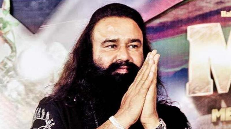 Arguments began at the Sunaria jail around 2:30 pm where the prosecution demanded maximum punishment for Ram Rahim. (Photo: PTI/File)