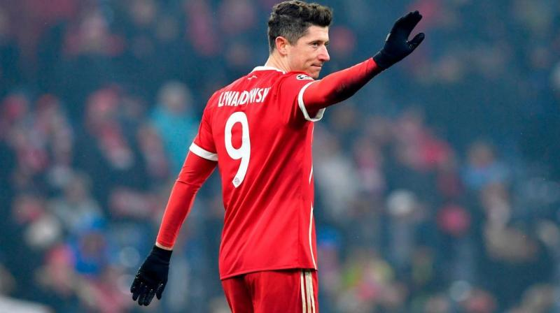 Bayern Munich striker Robert Lewandowski signed a two-year contract extension on Thursday that will keep him with the German champions until 2023. (Photo:AFP)