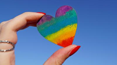 Celebrate all kind of love from around the world, this Pride Month. (Photo: Representational/Pexels)