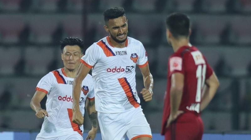 Manvir SIngh rose highest in the centre of the box to nod the ball in and give FC Goa a point against NorthEast United FC. (Photo: Twitter/FC Goa)