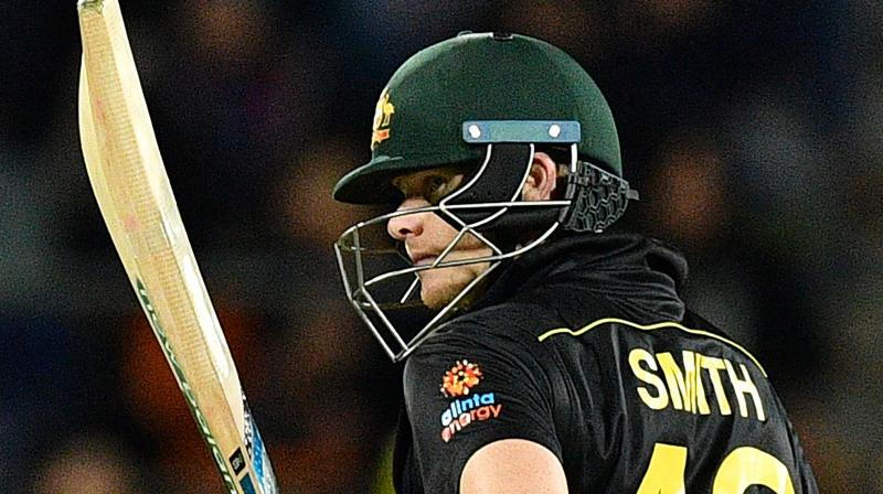 Apart from demolishing England in the Ashes series, Steve Smith is also smacking the Pakistani bowlers all around the park in the T20I series. (Photo: AFP)