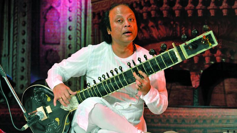 Ustad Nishat Khan (Photo: Tanveer Farouqui)