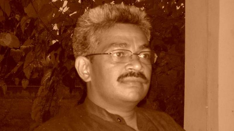 Senior Journalist Vinod Verma, who is also a member of Editors Guild of India, has worked as Digital Editor at Amar Ujala and was also associated with the BBC. (Photo: Facebook/Vinod Verma)