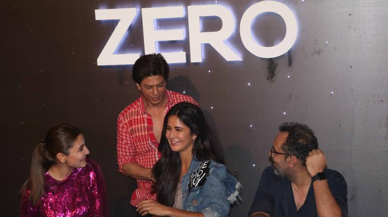 Anushka Sharma, Katrina Kaif, Aanand L Rai and Shah Rukh Khan at Zero trailer launch.