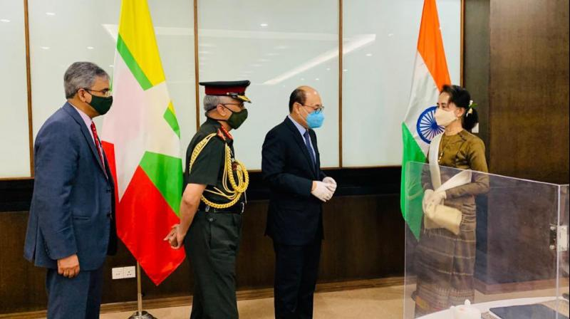 Chief of Army Staff General MM Naravane and Harsh V Shringla, Foreign Secretary along with Saurabh Kumar called on State Counsellor H.E. Daw Aung San Suu Kyi. (Via Indian Embassy in Myanmar)