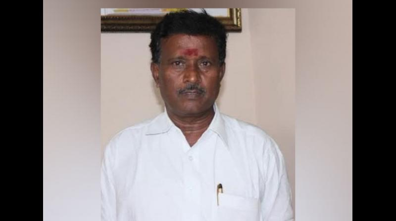 The accident took place when Rajendran, 62, who represented Villupuram parliamentary constituency, was on his way to Tindivanam and his car hit the road divider. (Photo: ANI)