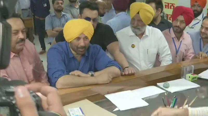 Sunny Deol was accompanied by his brother and actor Bobby Deol. (Photo: Twitter/ ANI)