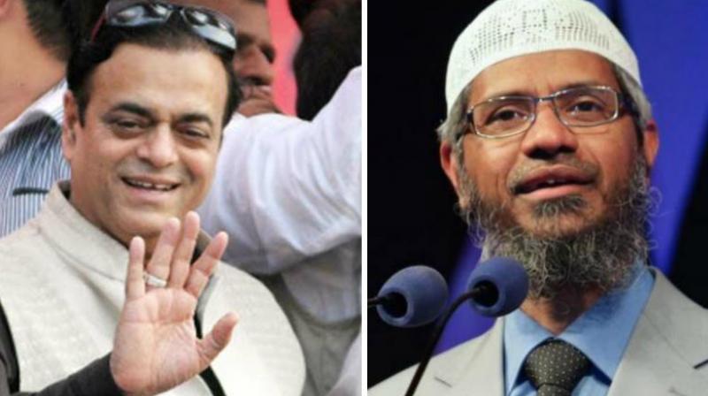 SP leader Abu Azmi and Zakir Naik. (Photo: PTI)