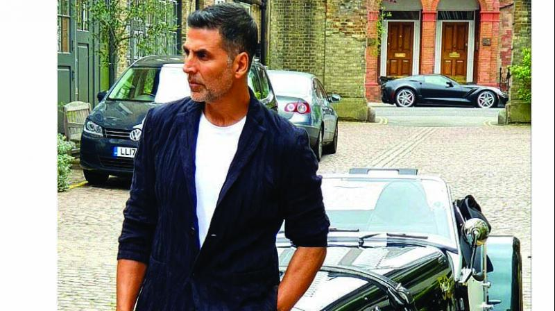 Akshay is married to Twinkle Khanna and the two are parents to son Aarav Kumar and daughter Nitara. (Photo: File)