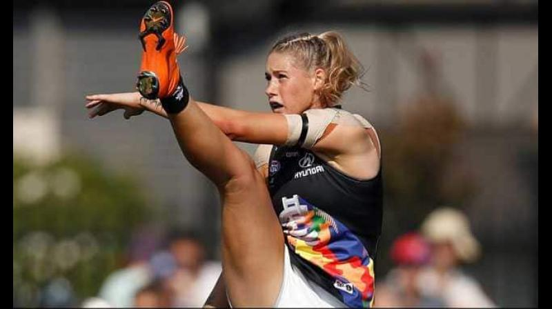Harris, who plays for Carlton in the Australian Football League Women's (AFLW) competition, was pictured with her leg fully extended as she kicked a goal in a photograph posted online by a broadcaster on Tuesday. (Photo: Twitter)
