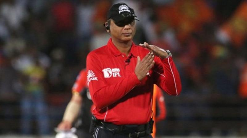 India's only Elite Panel umpire in recent times S Ravi had to forcibly change his 'sleeping pattern' in order to adjust his body clock to the needs of the first-ever Day/Night Test between Australia and New Zealand back in 2015. (Photo:Twitter)