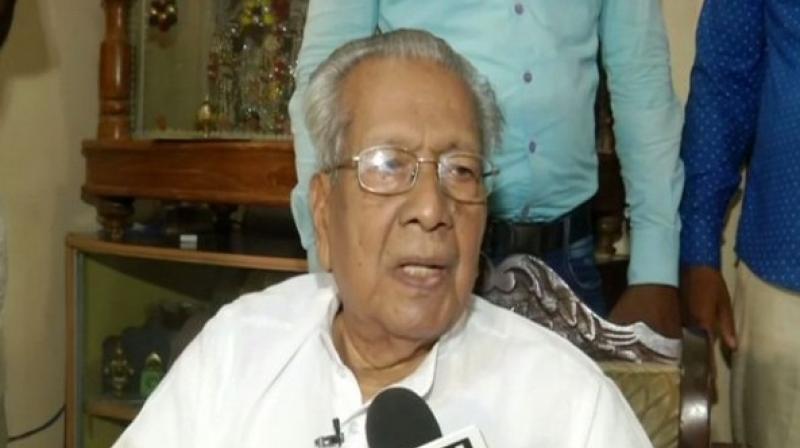 Biswabhusan Harichandan on Wednesday took charge as the new governor of Andhra Pradesh. (Photo: ANI)