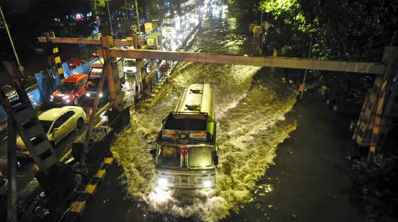 Apart from Mumbai, areas like Palghar and Thane are also expected to receive extremely heavy rainfall.