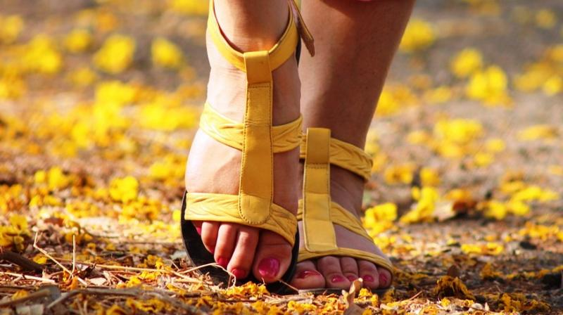 Underweight individuals with a slow walking pace has the lowest life expectancy. (Photo: Representational/Pixabay)