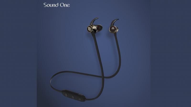 9227c10382a349 The X70 delivers superior audio performance and accurate listening  experience for up to 8 hours.