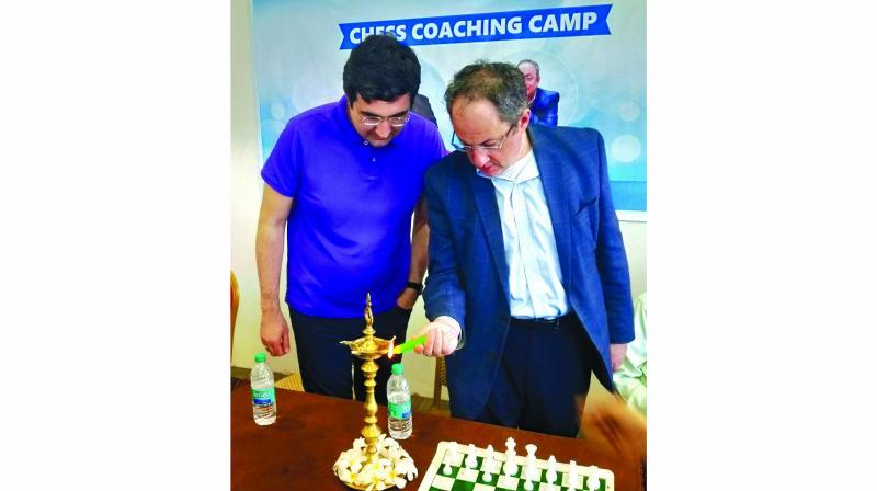 Vladimir Kramnik and Boris Gelfand inaugurate the Microsense Network chess camp in Chennai.