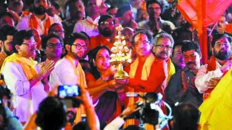 Uddhav Thackeray in Ayodhya last year. (Photo: AA)