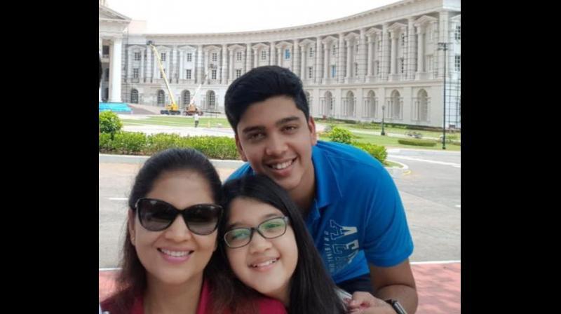 Shikha Goel with children Yutika and Tavashya