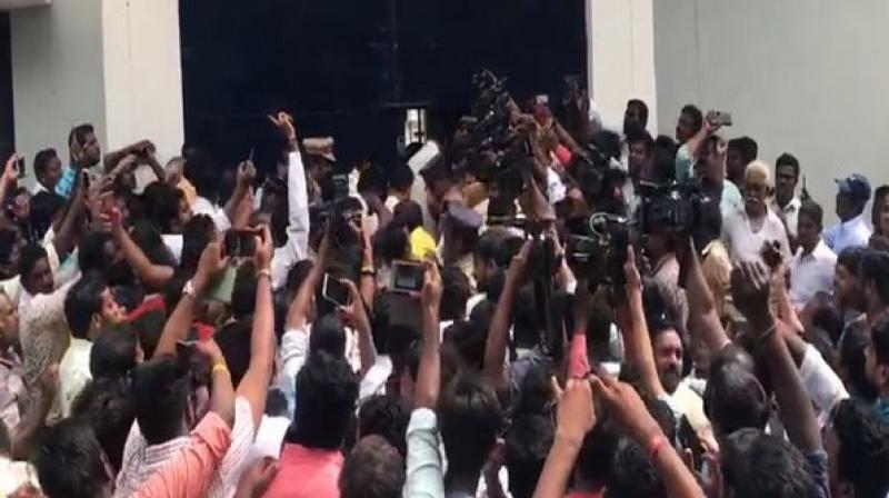 TDP leader Nara Lokesh entering sub jail. (Photo: ANI)
