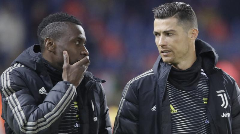 Juventus' Cristiano Ronaldo (R) listens to his teammate Blaise Matuidi prior to the start of a round of 16, Italian Cup match against Bologna at the Renato Dall'Ara stadium in Bologna, Italy, on Jan.12, 2019. AP Photo